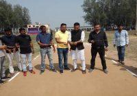 पारसनाथ कुशवाहा कॉलेज के मैदान में क्रिकेट टूर्नामेंट के फाइनल मैच में अकबरपुर के टीम ने भलुआ के टीम को हराय